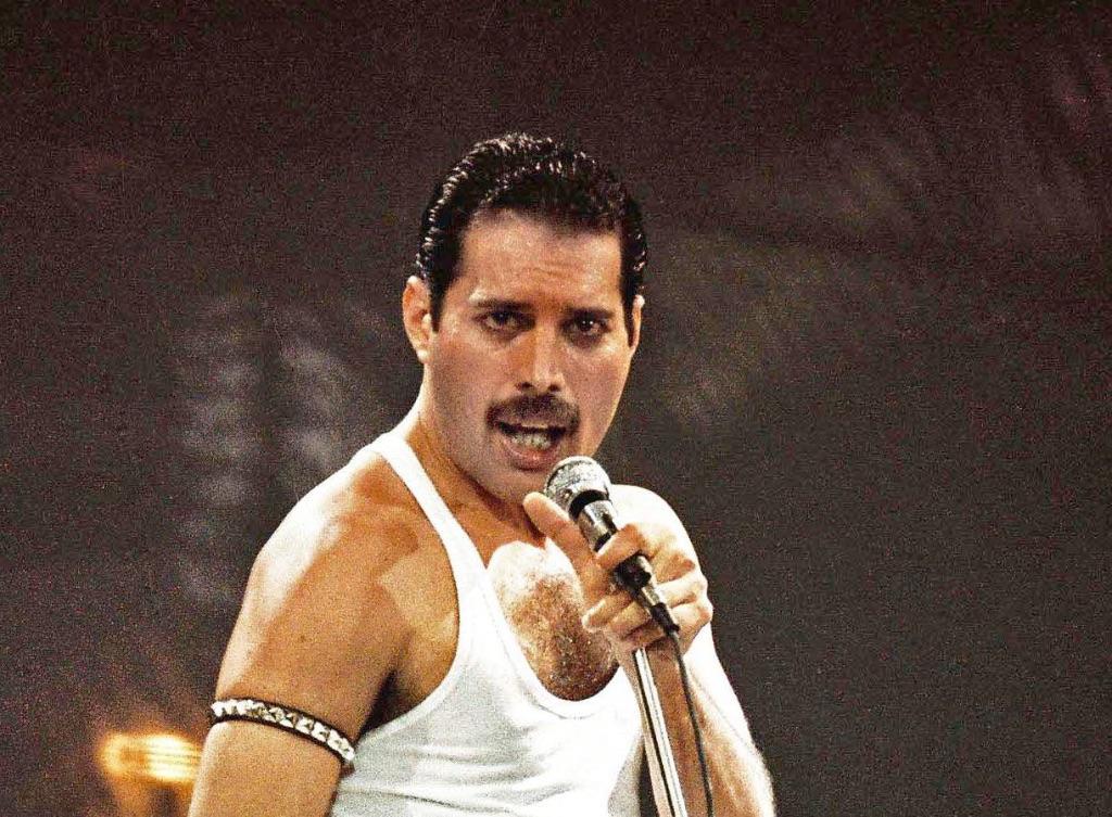 """Bohemian-Rhapsody""---Freddie-Mercury,-alcune-anteprime-sul-film"