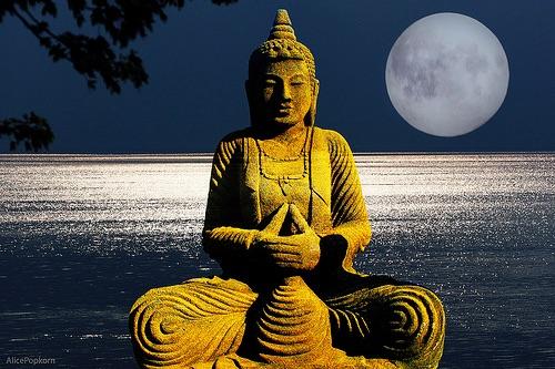 BUDDISMO:-MUSICA-TRADIZIONALE-E-MUSICA-CONTEMPORANEA-ISPIRATA-DALLA-RELIGIONE
