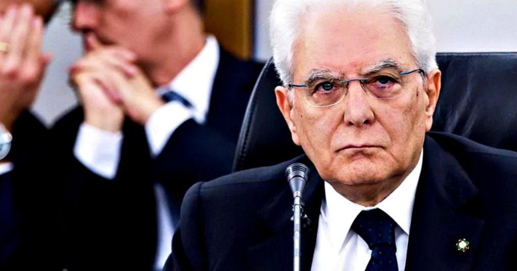 Mattarella-ha-deciso---Risoluzione-della-crisi-di-governo-Governo-bis:-nomina-di-un-nuovo-governo,-presieduto-dallo-stesso-presidente-del-Consiglio-dei-ministri,-con-modifiche-della-compagine-ministeriale;